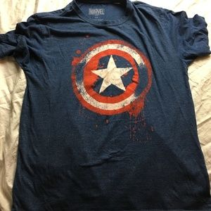Marvel CAPTAIN AMERICA Distressed SHIELD Graphic T